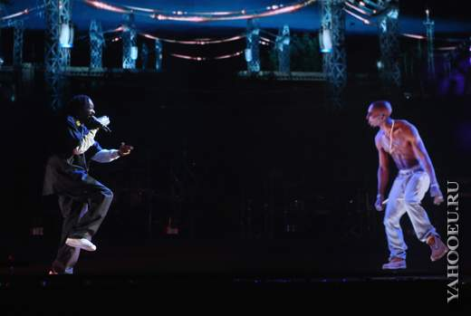 Tupac Hologram and Snoop Dogg Perform Coachella Live 2012